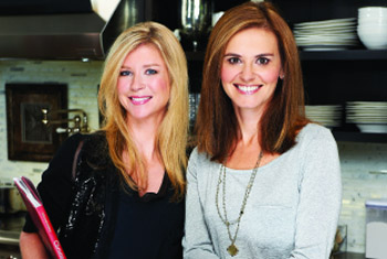 Interview with Anna and Kristina of The Shopping Bags